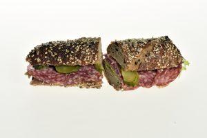 Sandwich mit Salami